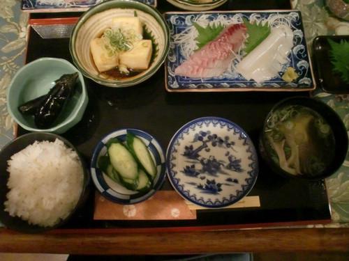 06   1日目 夕食 すんごいボリュームです